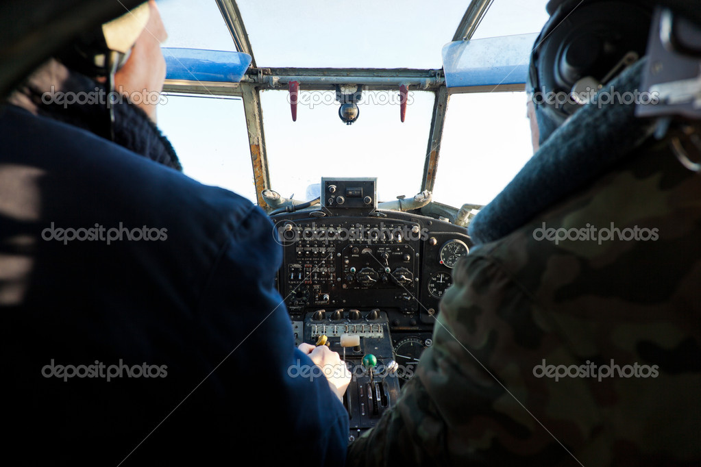 An2's cockpit with pilots