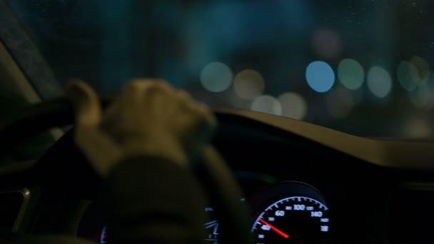 řídit auto