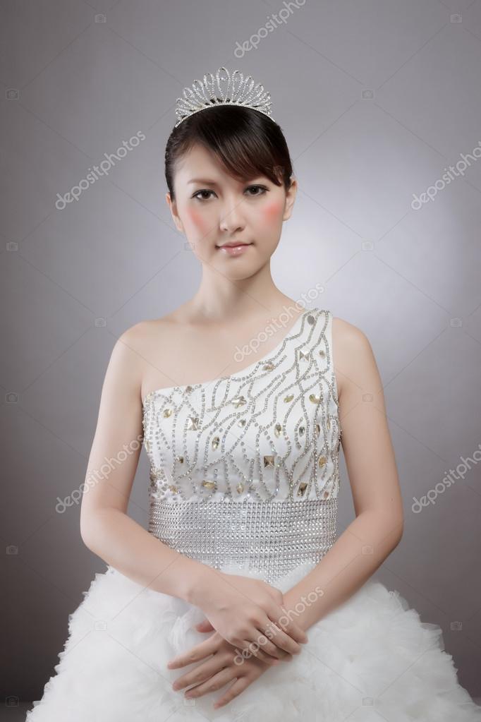 Schön Brautkleid Chinesisch Fotos - Brautkleider Ideen - cashingy.info