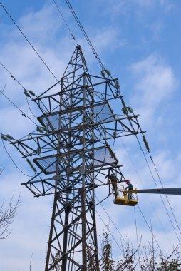 Electric mast repair
