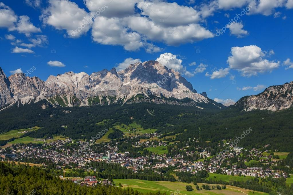 cortina dampezzo chatrooms - rent villas in cortina d'ampezzo, italy from $20/night find unique places to stay with local hosts in 191 countries belong anywhere with airbnb.