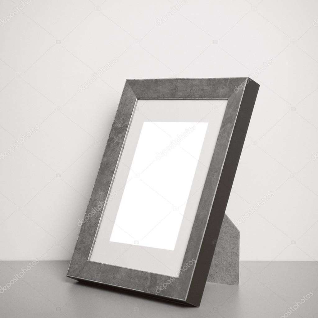 leere Silber-Bilderrahmen — Stockfoto © natalt #12378731
