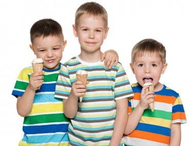 Boys eat ice cream