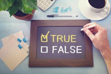True or False checkboxes on blackboard