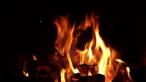 Kandalló lángok