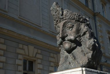 Dracula, Vlad the impaler's bronze bust, Sighisoara