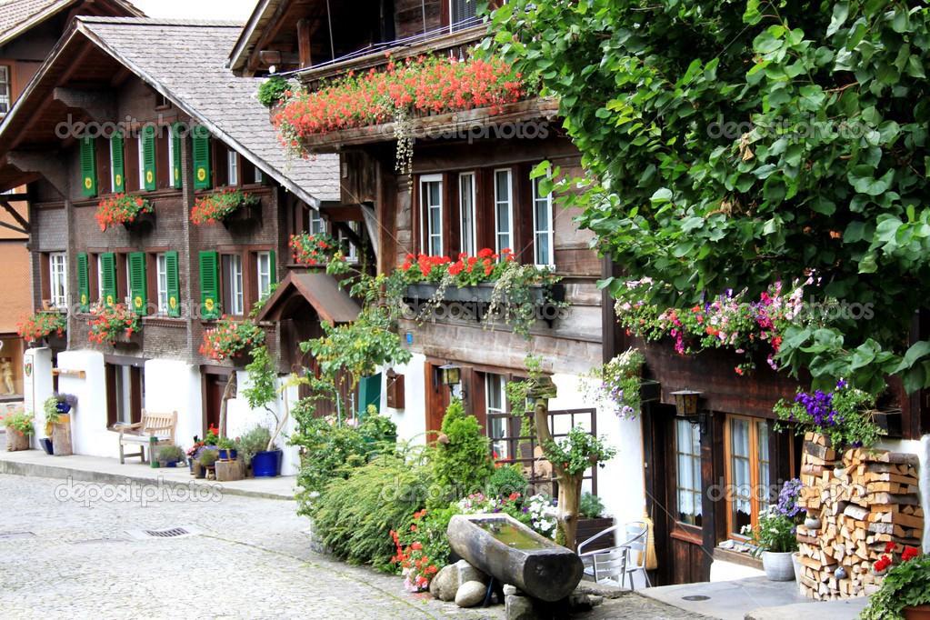 De Boerderij Huizen : Boerderij huizen in zwitserland u stockfoto oberhexe