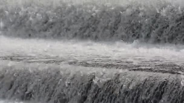 Nahaufnahme von Wasserkaskaden
