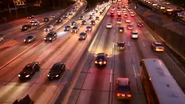 auta na dálnici