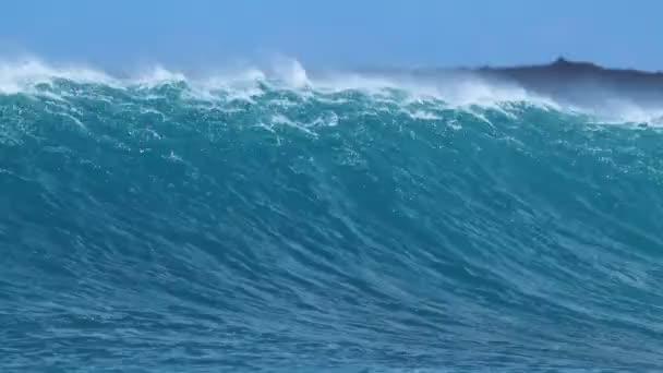 modrý oceán vlna