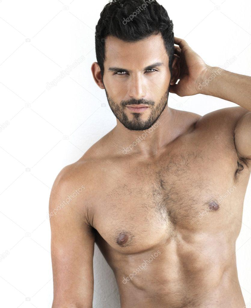 Caldo nudo modello
