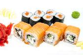 Japonské závitky s rybami a zeleninou