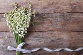 Fotografie schöne Blumen-Rahmen mit Maiglöckchen