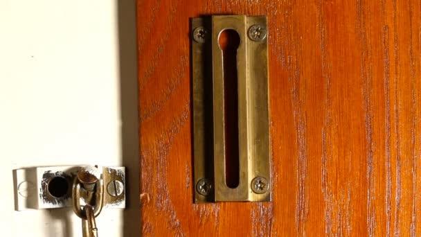 bezpečnostní zámek řetězu 01