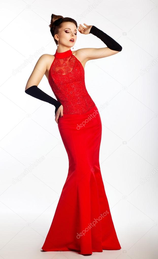 58cdc8944f7b73 Voorkeur mode mooie bruid in rode jurk en zwarte handschoenen. bruiloft   GA79
