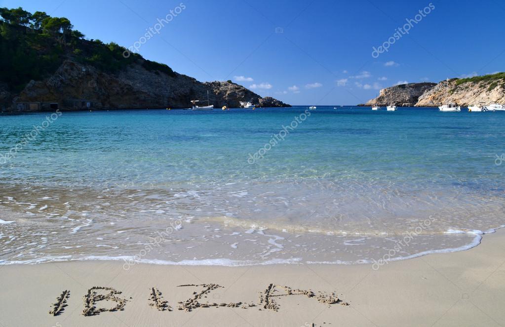 Palabras Escritas En La Arena De La: El Ibiza De La Palabra Escrita En La Arena