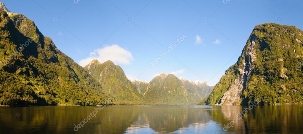 Doubtful sound, South Island, New Zealand