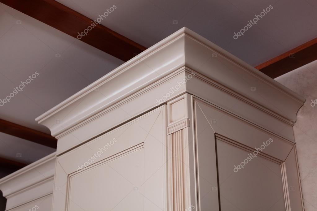 esquina del gabinete de la cocina — Foto de stock © fiphoto #13715979