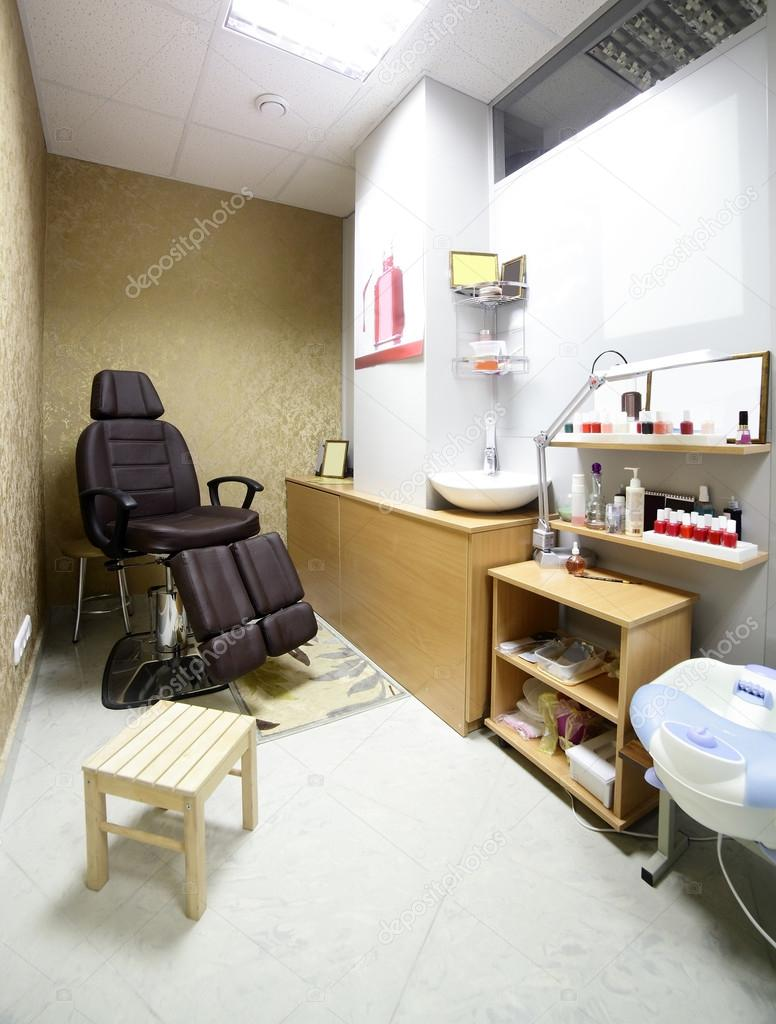 Interieur des modernen Beauty-salon — Stockfoto © fiphoto ...
