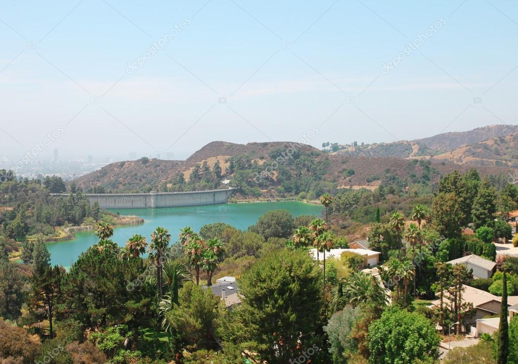 Hollywood Reservoir. Los Angeles view. Hollywood Hills