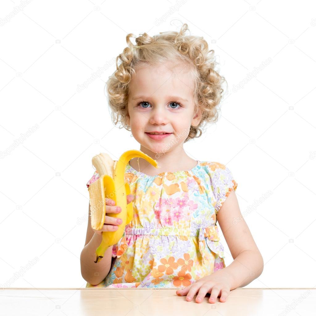 Неуклюжая девушка ест айвар — Стоковое фото © kokimk