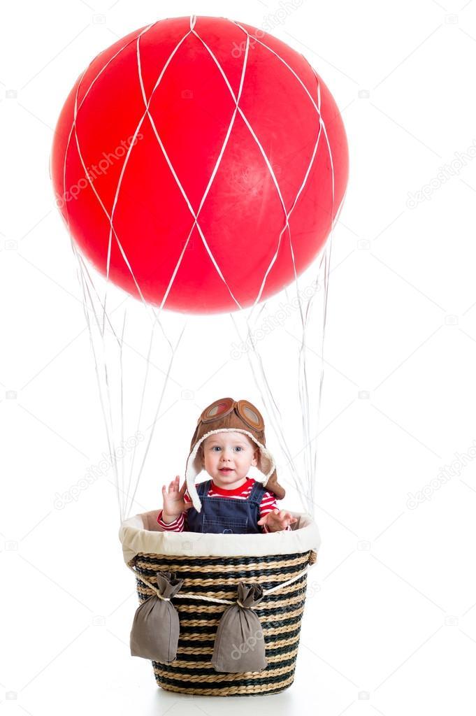 Воздушный шар и ребенок 25