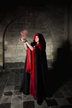 Gothic sorceress