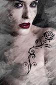 Művészi kép tetovált nő együtt egy virág tetoválás fekete trib