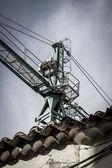 průmyslový jeřáb, podle konstrukce budovy, stroje