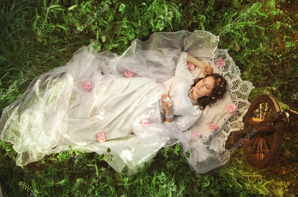 Свадьба в стиле спящая красавица