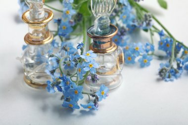 Forget-me-on glass, wet