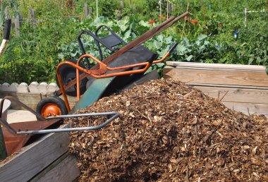 Wheelbarrows Community Mulch