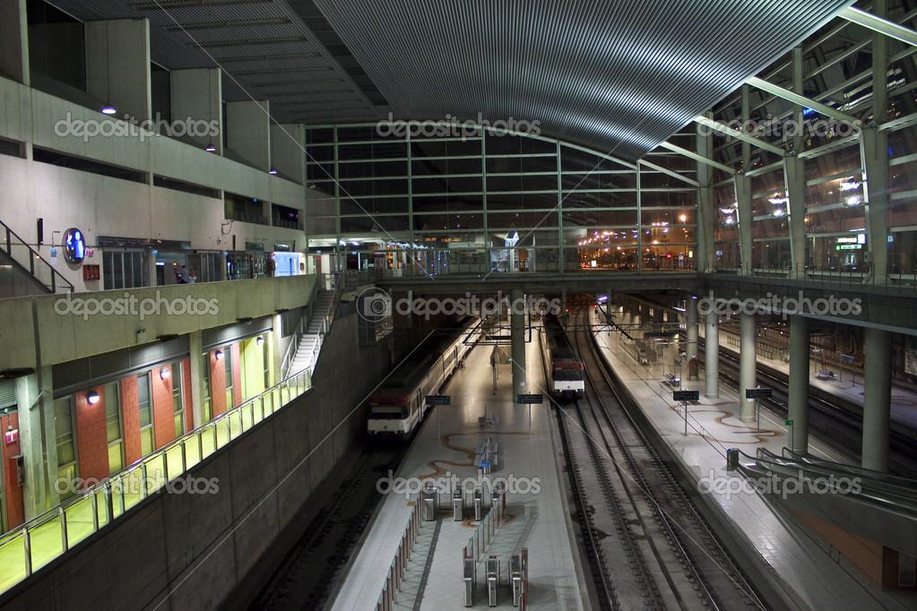 Imagenes Estacion De Tren Estacion De Tren Subterraneo En