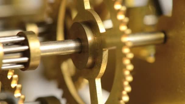 hodinky gears - dokonalé synchronizace