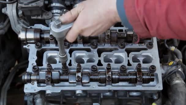 automobilový průmysl, generální oprava motoru