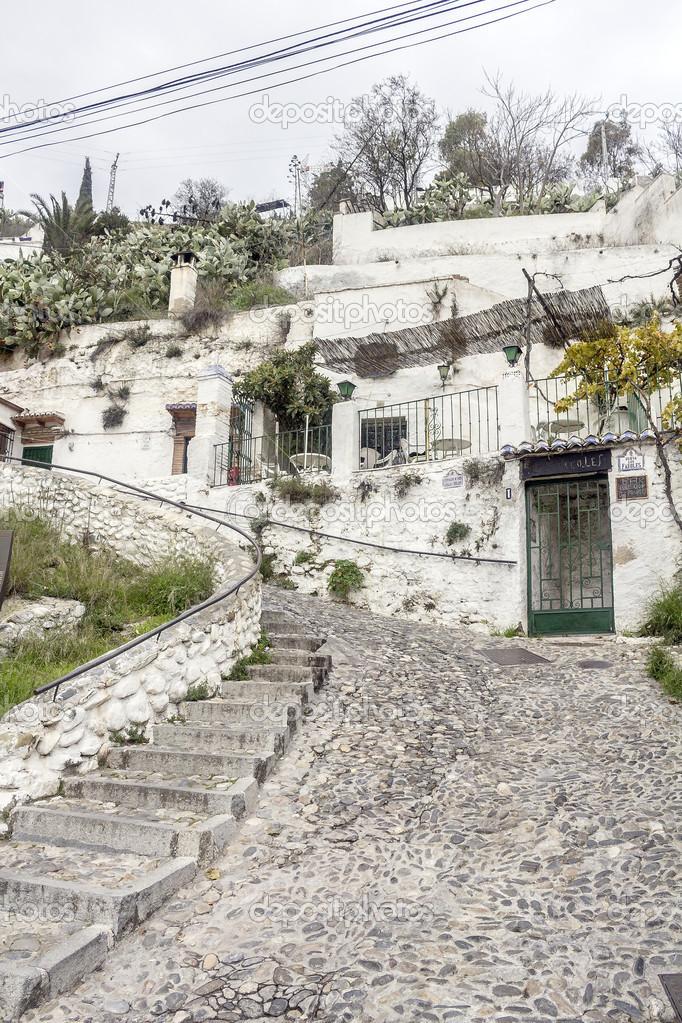 Houses cave in the Sacromonte in Granada — Stock Photo