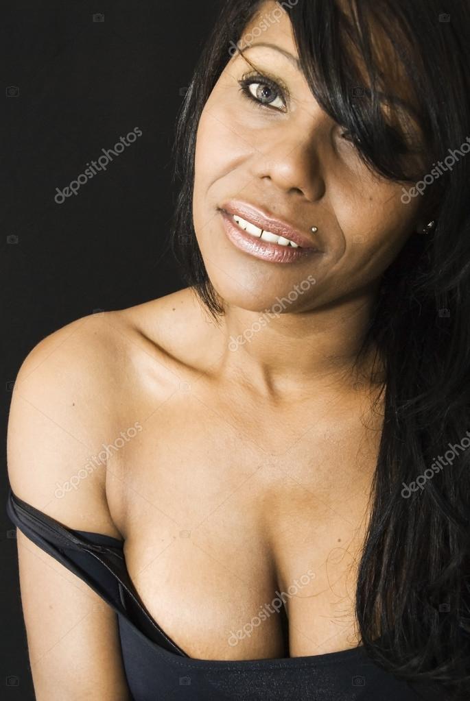 Темнокожая сексуальная
