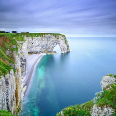 Etretat, Manneporte natural rock arch and its beach. Normandy, F