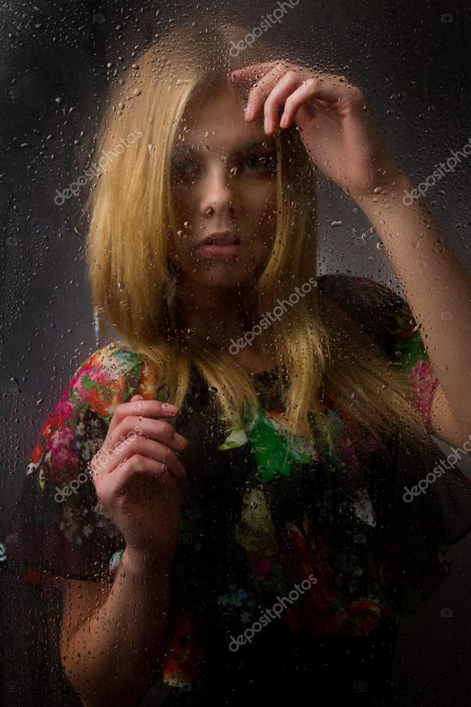 bagnato nero ragazza adolescenza maltrattata porno