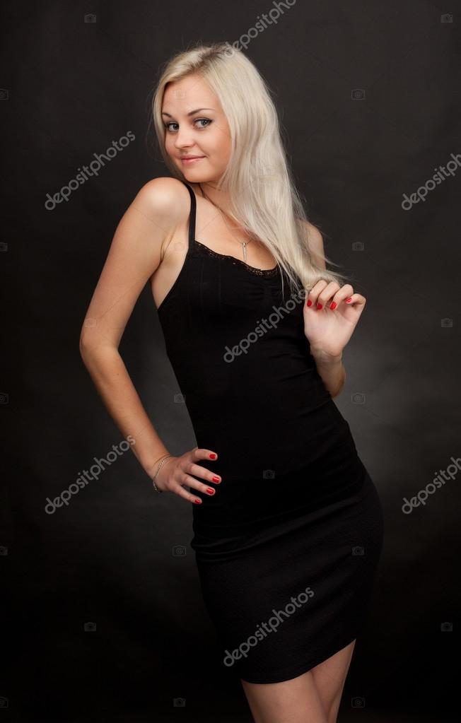 Schone kurze schwarze kleider