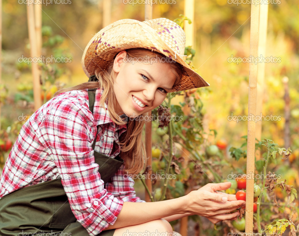 hispanic single women in garden If you have any concerns about a hispanic woman you are with, we can provide added assistance what it comes down to is this, we give you the access and means to meet beautiful colombian women, but ultimately, you must provide the scrutiny and good judgment in choosing the right colombian wife.