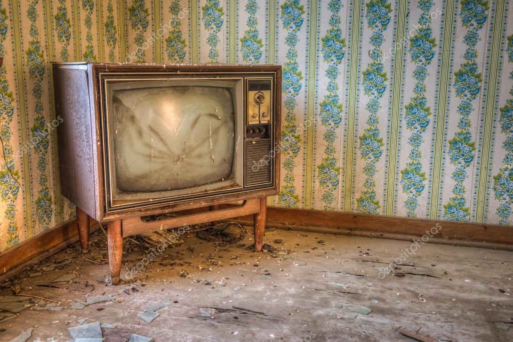 Abandoned Television Set Stock Photo 169 Waynerd S 34792895