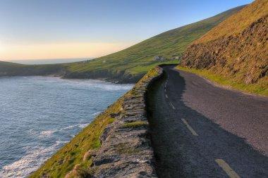 Dingle coast road