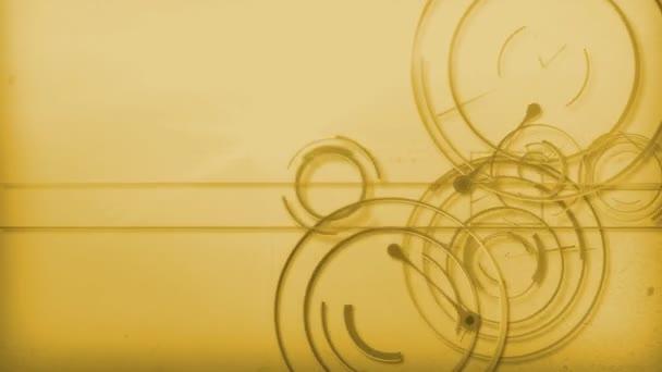 žlutá čára technologie