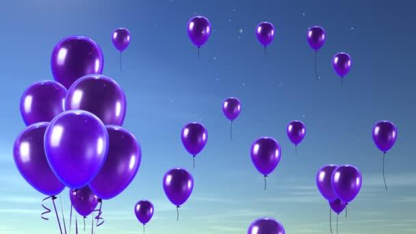 fialový balón do modré oblohy