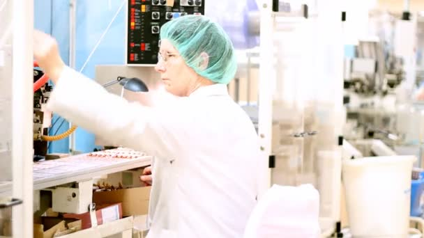 Pharmaceutical Factory - Ampoule Packaging Line
