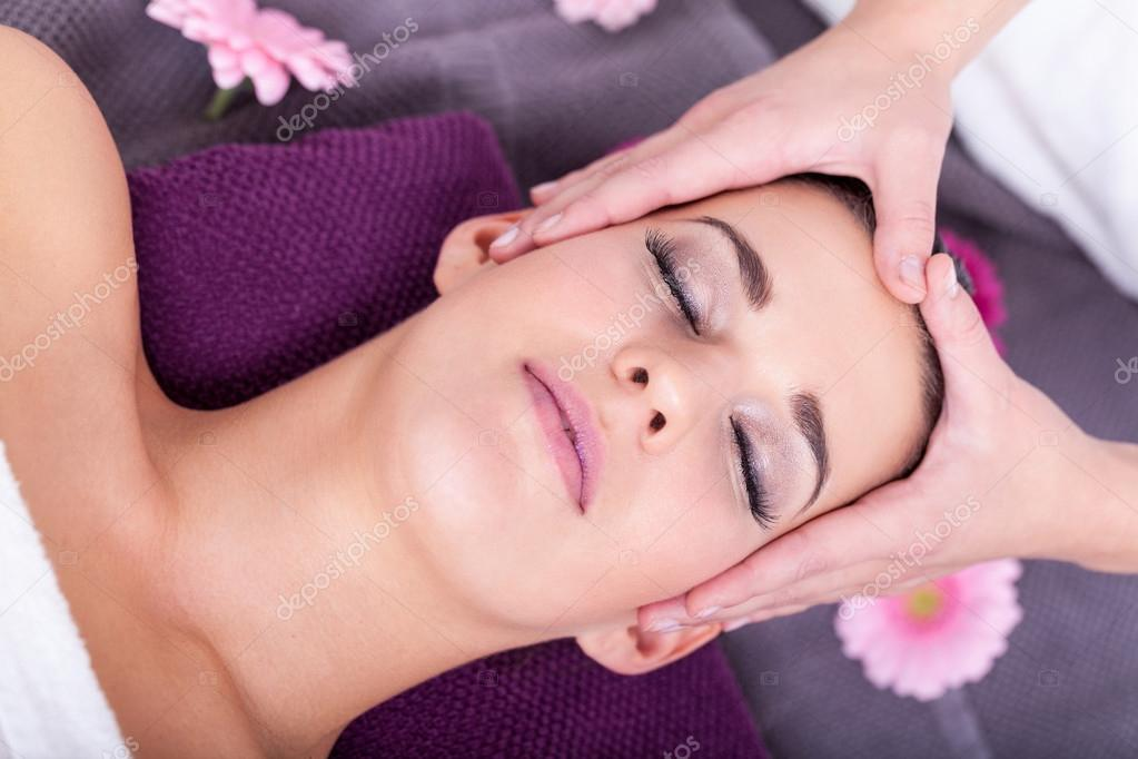 Relaxation facial massage indianapolis — img 11