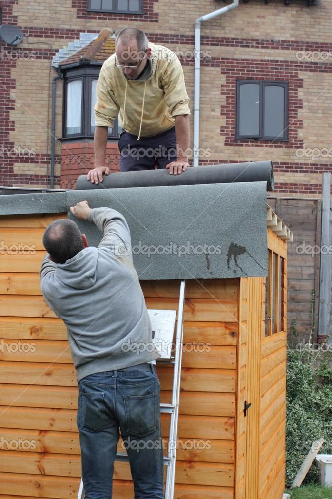 Costruire Una Tettoia In Legno Foto Stock 1markim 32497577