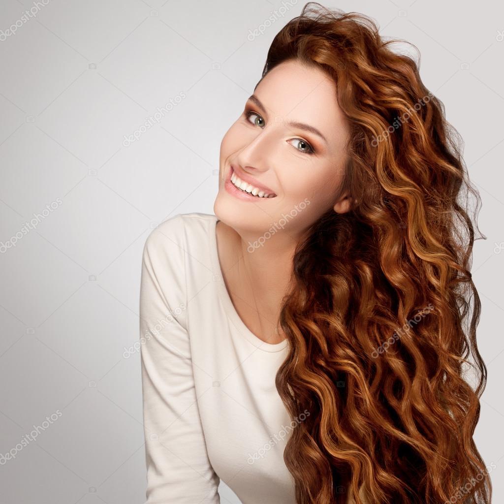 """Résultat de recherche d'images pour """"cheveux bouclés longs femme"""""""