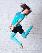 pěkně skákat tanečník